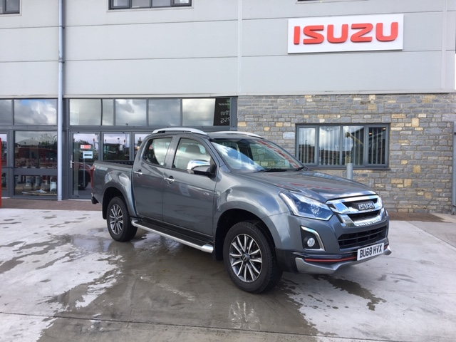 2018 ISUZU D-MAX UTAH V-CROSS LIMITED EDITION - Compass